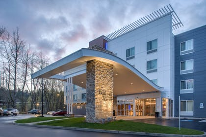 Hotel Front | Fairfield Inn & Suites by Marriott Eugene East/Springfield