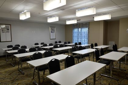Meeting Facility | Best Western Plus Houston I-45 North Inn & Suites