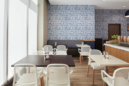 Restaurant | TownePlace Suites New Orleans Downtown/Canal Street