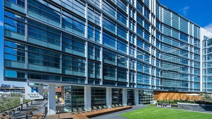 Property Grounds | Hyatt House Washington DC/The Wharf