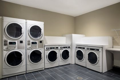 Laundry Room   Candlewood Suites Miami Exec Airport - Kendall