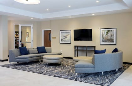 Lobby   Candlewood Suites Miami Exec Airport - Kendall