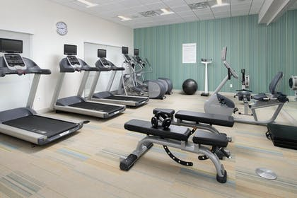 Fitness Facility | Holiday Inn Express and Suites North Brunswick