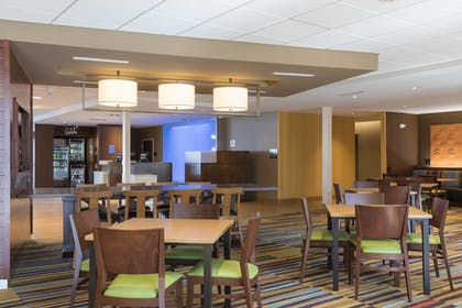 Restaurant | Fairfield Inn & Suites by Marriott Indianapolis Fishers