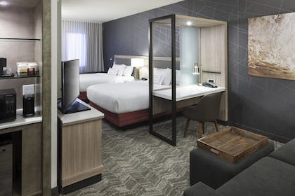 Guestroom | SpringHill Suites by Marriott Clearwater Beach