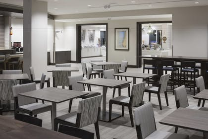 Restaurant | SpringHill Suites by Marriott Clearwater Beach