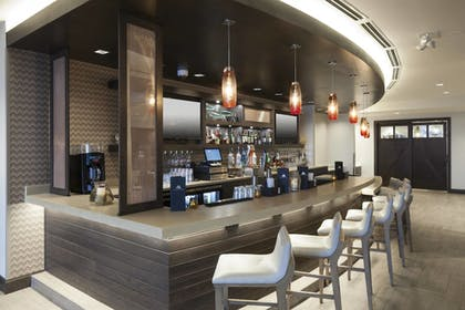 Hotel Bar | SpringHill Suites by Marriott Clearwater Beach