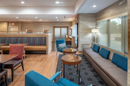 Dining | TownePlace Suites by Marriott Dallas Mesquite