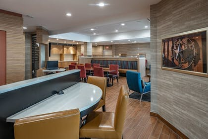 Lobby | TownePlace Suites by Marriott Dallas Mesquite