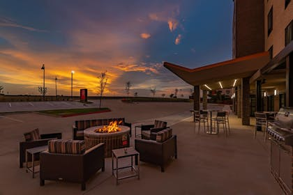 Restaurant | TownePlace Suites by Marriott Dallas Mesquite