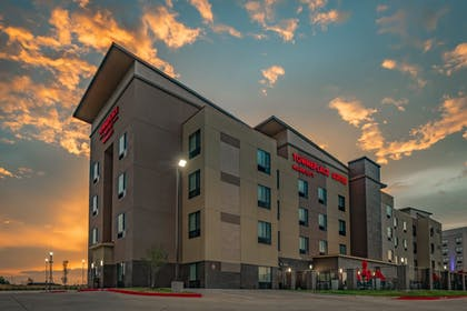 Exterior | TownePlace Suites by Marriott Dallas Mesquite