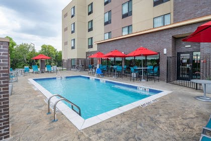Pool | TownePlace Suites by Marriott Dallas Mesquite