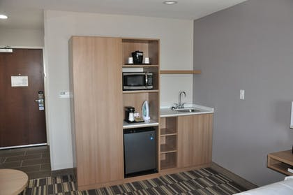 In-Room Kitchenette | Microtel Inn and Suites by Wyndham Lubbock