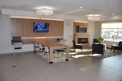 Business Center | Microtel Inn and Suites by Wyndham Lubbock