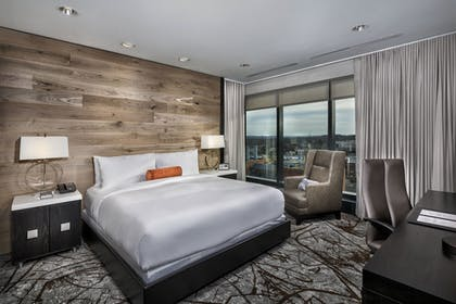 Guestroom | The Hotel at the University of Maryland