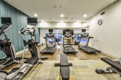 Fitness Facility | Holiday Inn Express & Suites Farmers Branch