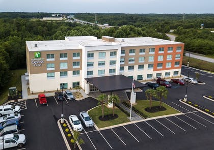 Exterior | Holiday Inn Express & Suites Greenville S- Piedmont