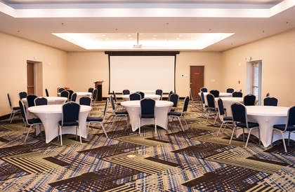Meeting Facility   Holiday Inn Express And Suites- Birmingham North-Fultondale