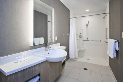 Bathroom | SpringHill Suites by Marriott Chattanooga North/Ooltewah