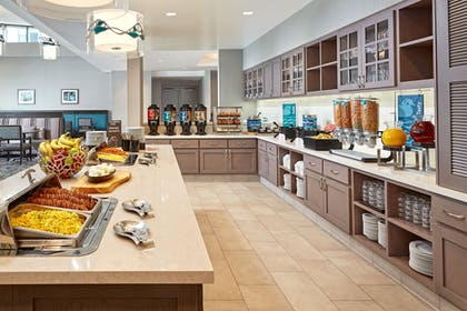 Breakfast Area | Homewood Suites by Hilton Long Beach Airport