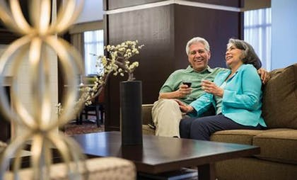 Lobby Sitting Area | Homewood Suites by Hilton Long Beach Airport