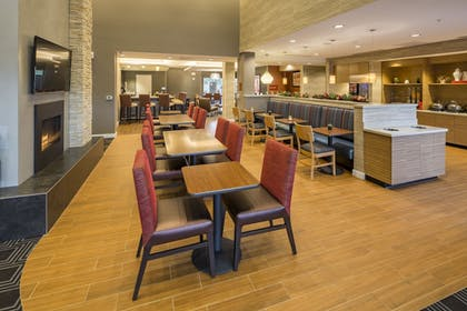 Breakfast Area | TownePlace Suites by Marriott Phoenix Chandler/Fashion Center