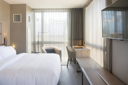 Guestroom | AC Hotel by Marriott Boston Downtown
