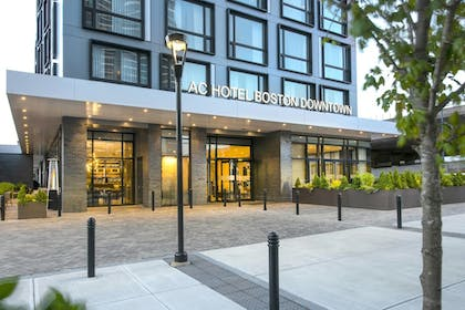 Exterior | AC Hotel by Marriott Boston Downtown