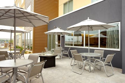 Outdoor Dining | Fairfield Inn & Suites by Marriott Springfield North