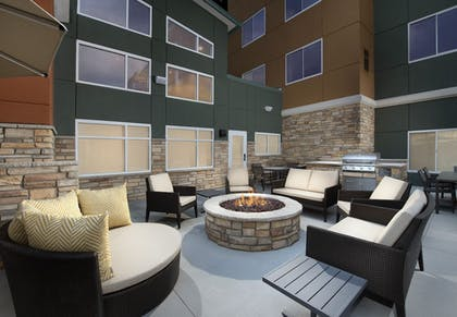 BBQ/Picnic Area | Residence Inn by Marriott Denver Airport/Convention Center