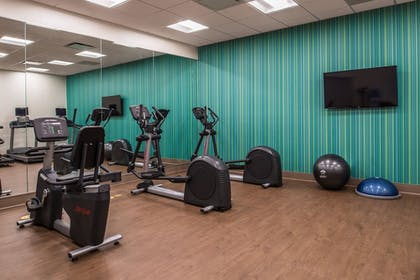 Fitness Facility | Holiday Inn Express & Suites Farmville