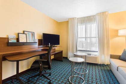 Guestroom | Fairfield Inn & Suites by Marriott Santa Fe