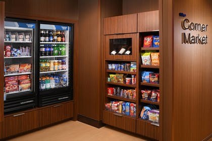 Food and Drink | Fairfield Inn & Suites by Marriott Fort Worth South/Burleson
