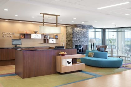 Lobby | Fairfield Inn & Suites by Marriott Fort Worth South/Burleson