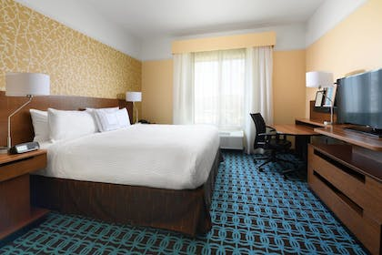 Guestroom | Fairfield Inn & Suites by Marriott Fort Worth South/Burleson