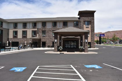 Hotel Entrance | MainStay Suites Moab near Arches National Park