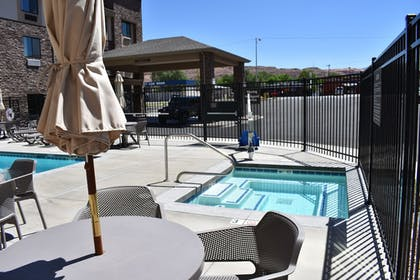Outdoor Spa Tub | MainStay Suites Moab near Arches National Park