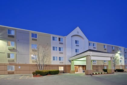 Featured Image | Candlewood Suites Topeka West