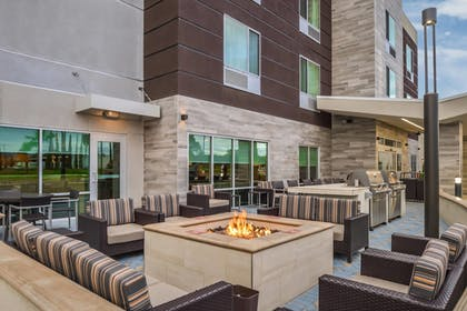 Terrace/Patio | TownePlace Suites by Marriott San Bernardino Loma Linda
