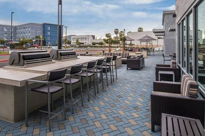BBQ/Picnic Area | TownePlace Suites by Marriott San Bernardino Loma Linda
