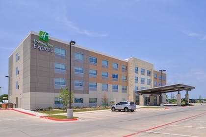 Exterior | Holiday Inn Express Early