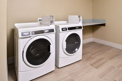 Laundry Room | Holiday Inn Express Early