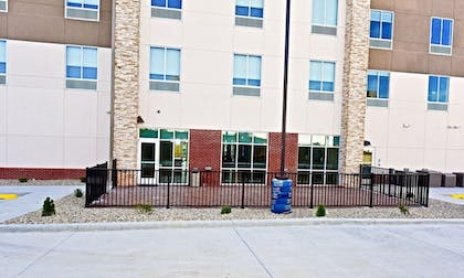 Property Grounds | Holiday Inn Express & Suites Perryville