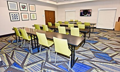 Meeting Facility | Holiday Inn Express & Suites Perryville