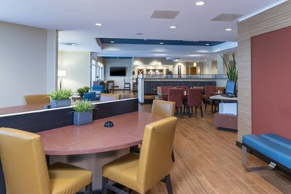 Hotel Interior   TownePlace Suites by Marriott Louisville North