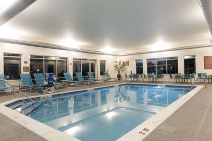 Indoor Pool   TownePlace Suites by Marriott Louisville North