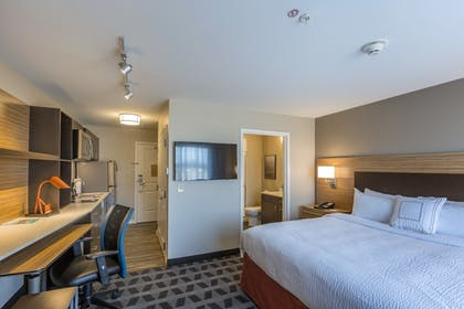 Guestroom | TownePlace Suites by Marriott Hopkinsville