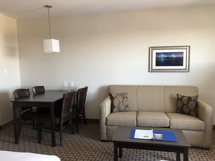 Living Area | MainStay Suites St. Louis - Airport