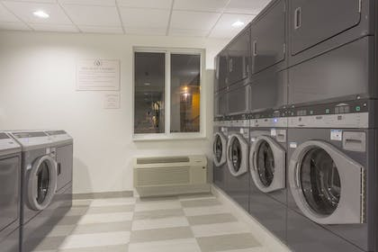 Laundry Room | Candlewood Suites Miami Intl Airport-36th St
