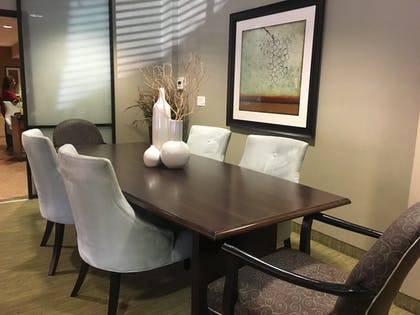 In-Room Dining   The Carriage House by Diamond Resorts